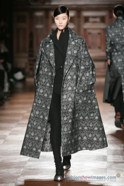 aganovitch-paris-fashion-week-autumn-winter-2014-49