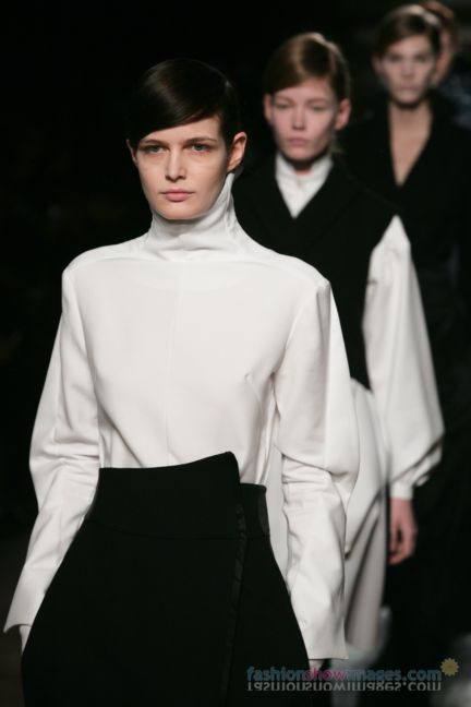 aganovitch-paris-fashion-week-autumn-winter-2014-54