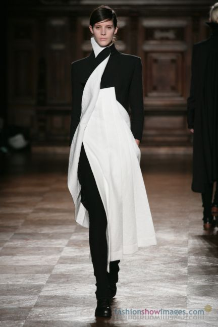 aganovitch-paris-fashion-week-autumn-winter-2014-62