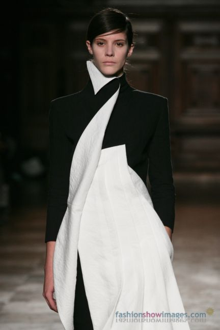 aganovitch-paris-fashion-week-autumn-winter-2014-63