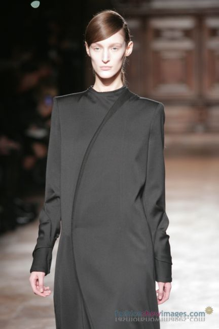 aganovitch-paris-fashion-week-autumn-winter-2014-8