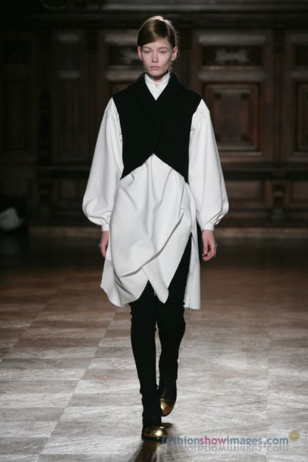 aganovitch-paris-fashion-week-autumn-winter-2014-9