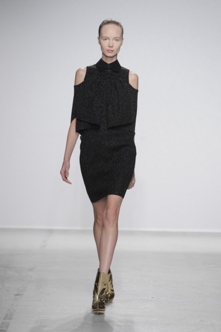 amaya-arzuaga-paris-fashion-week-autumn-winter-2014-19