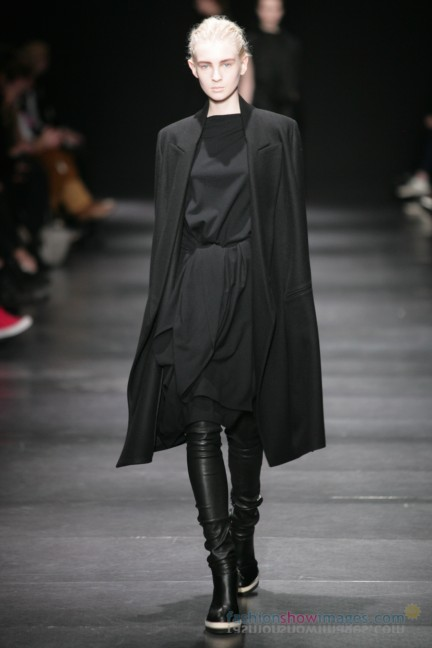ann-demeulemeester-paris-fashion-week-autumn-winter-2014-15