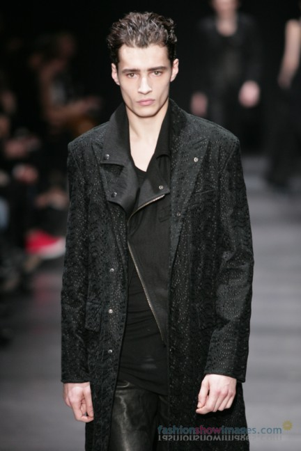 ann-demeulemeester-paris-fashion-week-autumn-winter-2014-50