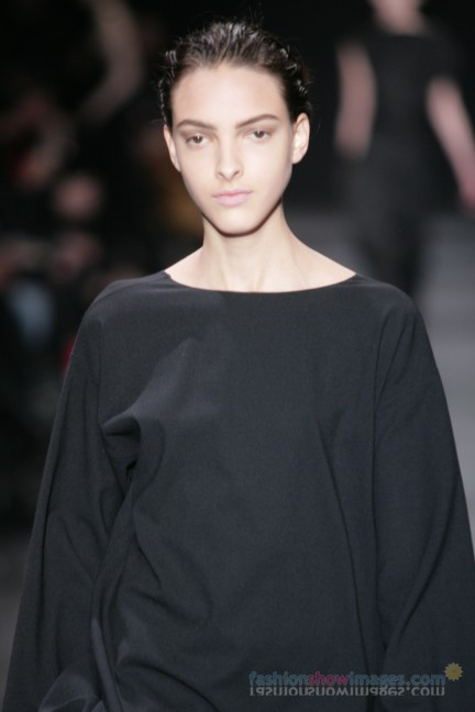 ann-demeulemeester-paris-fashion-week-autumn-winter-2014-56