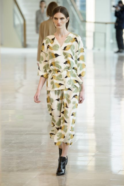 8-christophe-lemaire-paris-fashion-week-autumn-winter-2014-24