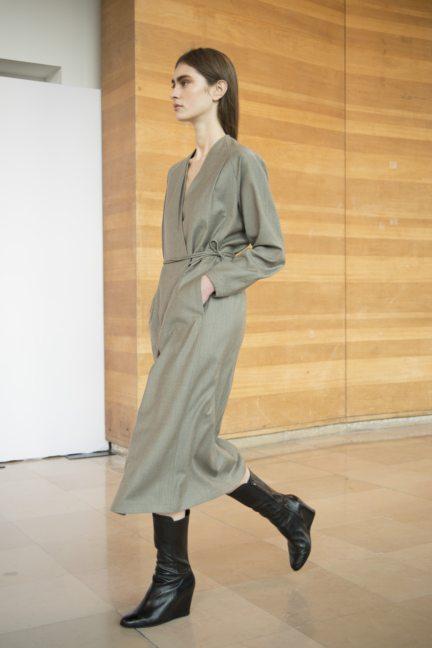 8-christophe-lemaire-paris-fashion-week-autumn-winter-2014-27