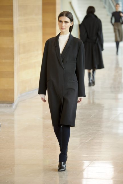 8-christophe-lemaire-paris-fashion-week-autumn-winter-2014-28