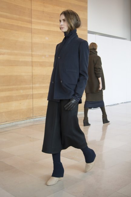 8-christophe-lemaire-paris-fashion-week-autumn-winter-2014-3