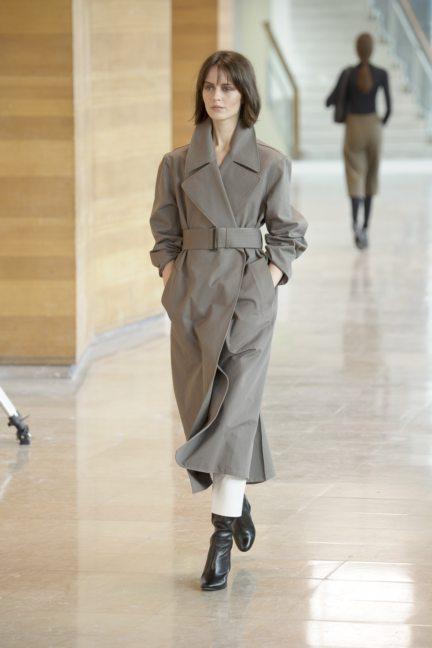 8-christophe-lemaire-paris-fashion-week-autumn-winter-2014-31