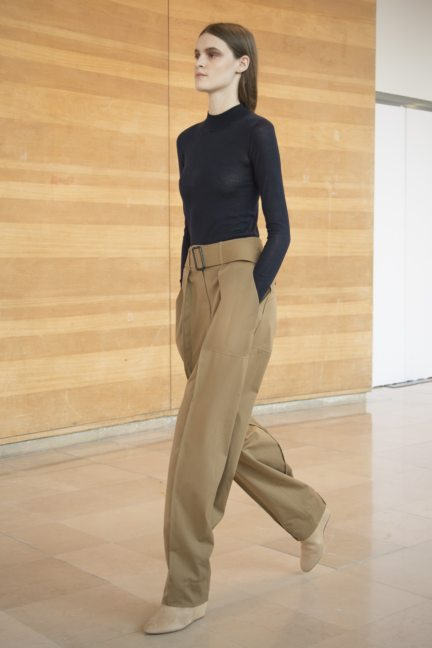 8-christophe-lemaire-paris-fashion-week-autumn-winter-2014-7