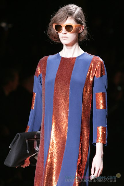 dries-van-noten-paris-fashion-week-autumn-winter-2014-102