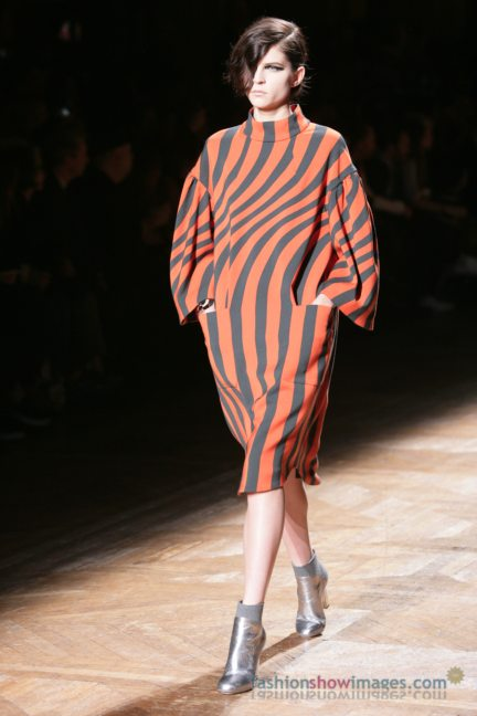 dries-van-noten-paris-fashion-week-autumn-winter-2014-105