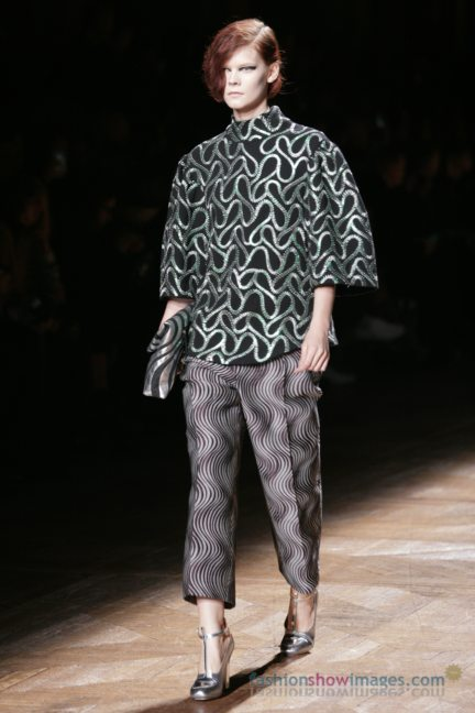 dries-van-noten-paris-fashion-week-autumn-winter-2014-22
