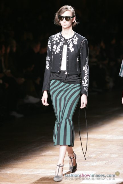 dries-van-noten-paris-fashion-week-autumn-winter-2014-26