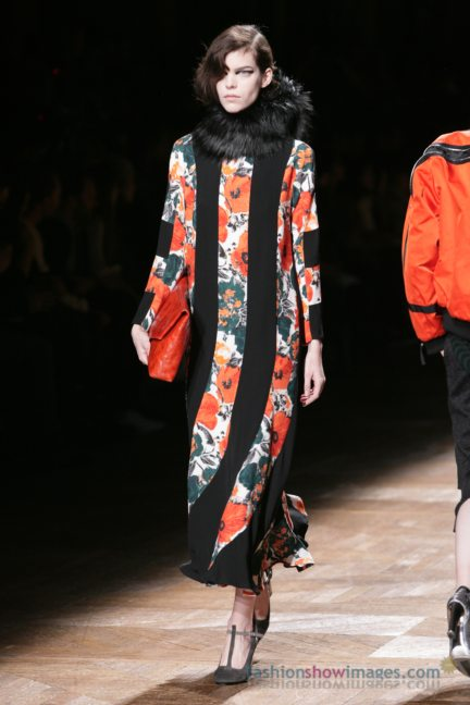 dries-van-noten-paris-fashion-week-autumn-winter-2014-30