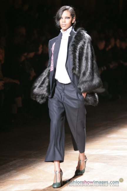 dries-van-noten-paris-fashion-week-autumn-winter-2014-5