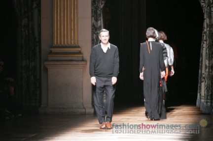 dries-van-noten-paris-fashion-week-autumn-winter-2014-60