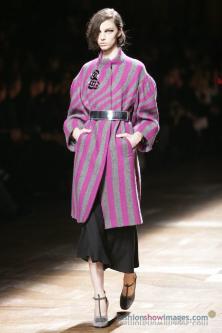 dries-van-noten-paris-fashion-week-autumn-winter-2014-61