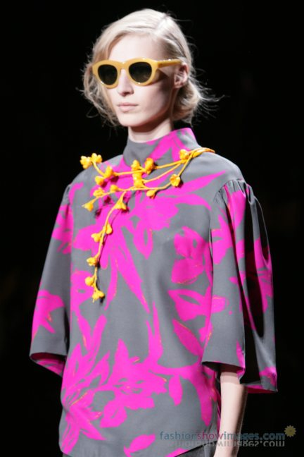 dries-van-noten-paris-fashion-week-autumn-winter-2014-69