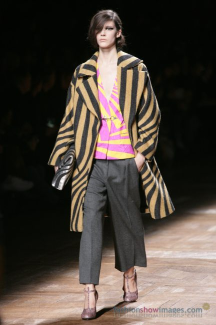 dries-van-noten-paris-fashion-week-autumn-winter-2014-74