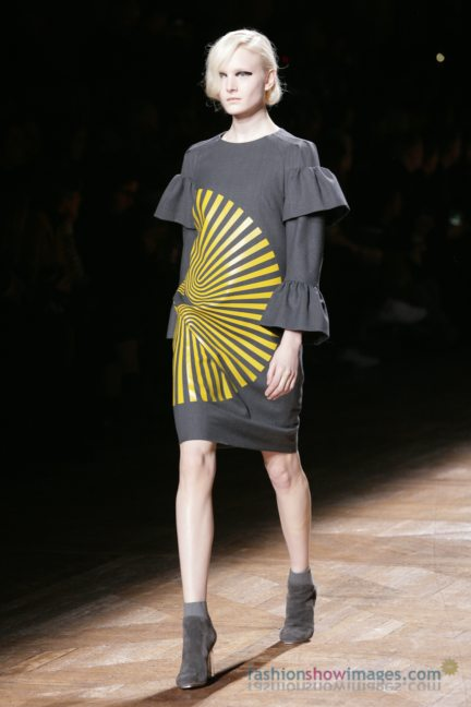 dries-van-noten-paris-fashion-week-autumn-winter-2014-79