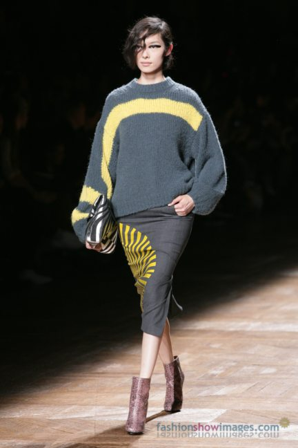 dries-van-noten-paris-fashion-week-autumn-winter-2014-81