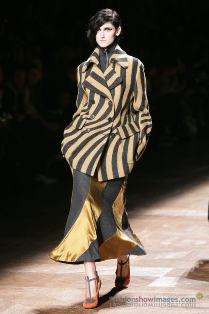 dries-van-noten-paris-fashion-week-autumn-winter-2014-84