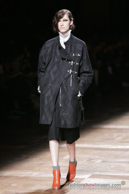 dries-van-noten-paris-fashion-week-autumn-winter-2014-96