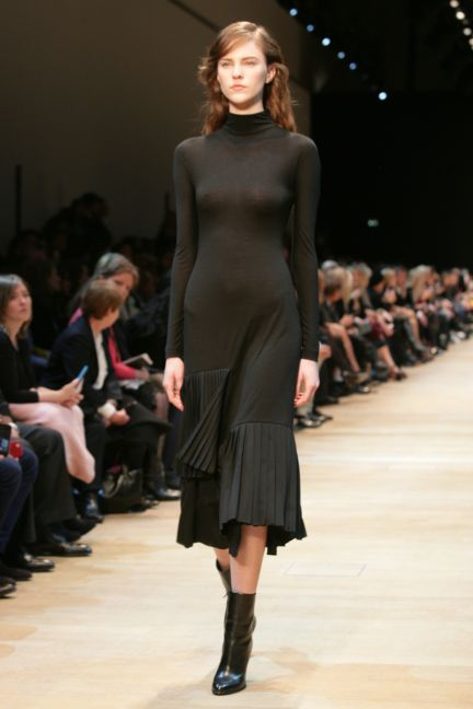 guy-laroche-paris-fashion-week-autumn-winter-2014-31