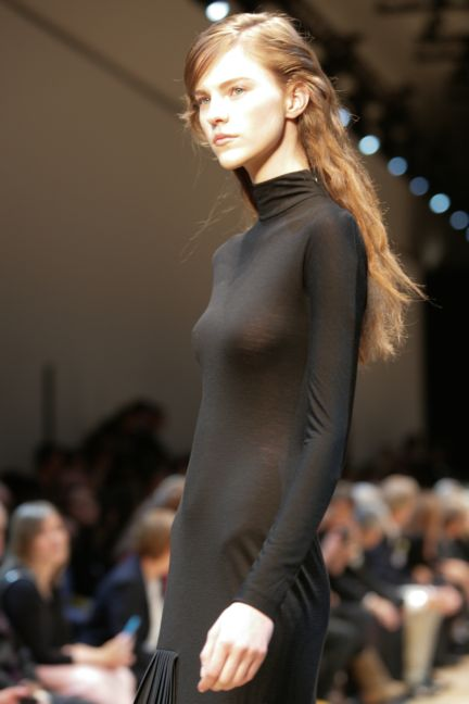 guy-laroche-paris-fashion-week-autumn-winter-2014-32