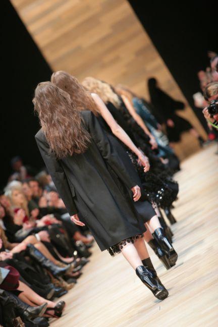 guy-laroche-paris-fashion-week-autumn-winter-2014-79