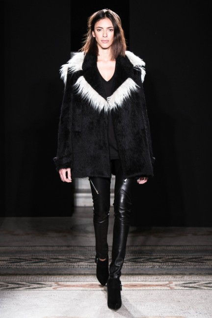 jayahr-paris-fashion-week-autumn-winter-2014-16