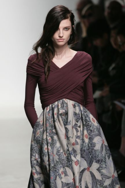 leonard-paris-paris-fashion-week-autumn-winter-2014-16