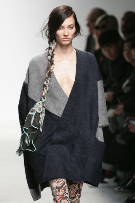 leonard-paris-paris-fashion-week-autumn-winter-2014-20