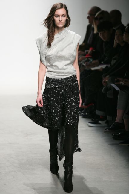 leonard-paris-paris-fashion-week-autumn-winter-2014-62