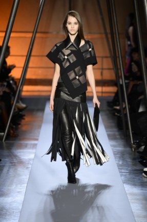 roland-mouret-paris-fashion-week-autumn-winter-2014-14