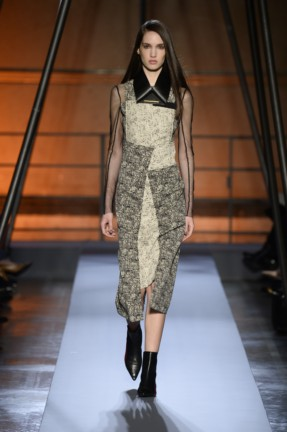roland-mouret-paris-fashion-week-autumn-winter-2014-22