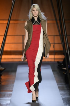 roland-mouret-paris-fashion-week-autumn-winter-2014-26
