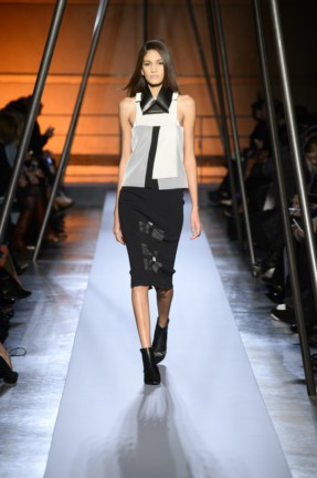 roland-mouret-paris-fashion-week-autumn-winter-2014-33