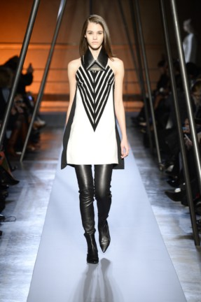 roland-mouret-paris-fashion-week-autumn-winter-2014-34
