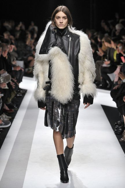 sacai-paris-fashion-week-autumn-winter-2014-33