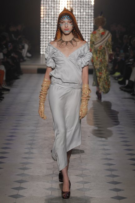 vivienne-westwood-gold-label-paris-fashion-week-autumn-winter-2014-18