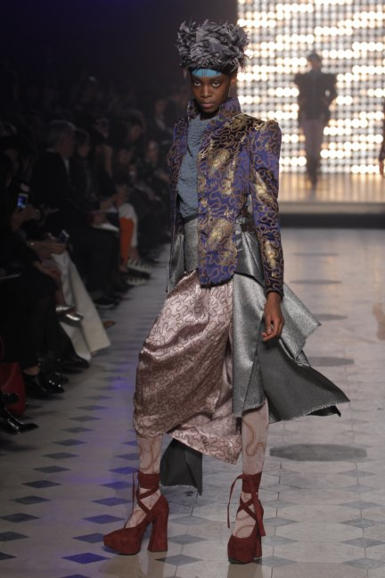 vivienne-westwood-gold-label-paris-fashion-week-autumn-winter-2014-22