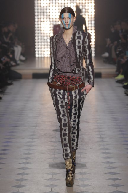 vivienne-westwood-gold-label-paris-fashion-week-autumn-winter-2014-25