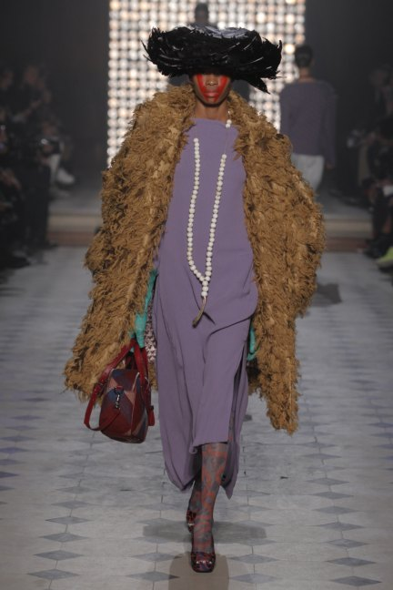 vivienne-westwood-gold-label-paris-fashion-week-autumn-winter-2014-5