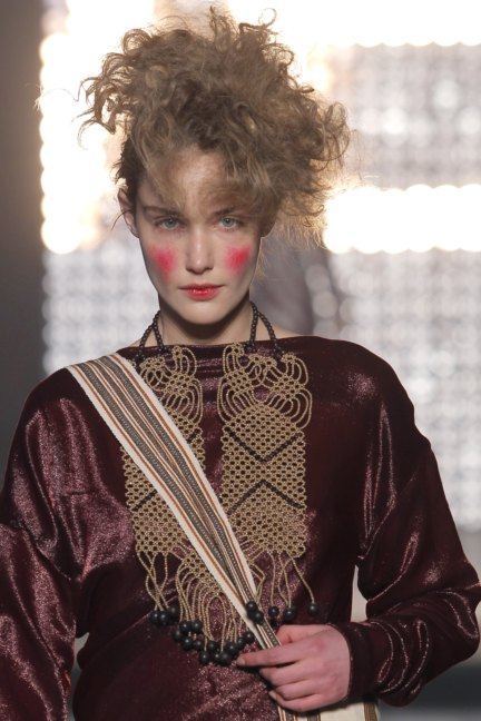 vivienne-westwood-gold-label-paris-fashion-week-autumn-winter-2014-33