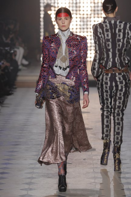 vivienne-westwood-gold-label-paris-fashion-week-autumn-winter-2014-43