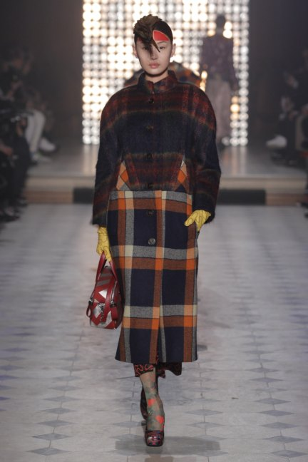 vivienne-westwood-gold-label-paris-fashion-week-autumn-winter-2014-45
